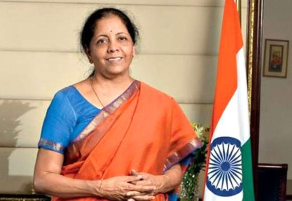 Forbes, FinanceMinister, NirmalaSitharaman, MostPowerfulWomen, RoshiniNadar, HCL, CEO, போர்பஸ், நிதியமைச்சர், நிர்மலா சீதாராமன், சக்திவாய்ந்த பெண், பட்டியல், ரோஷினி நாடார்,