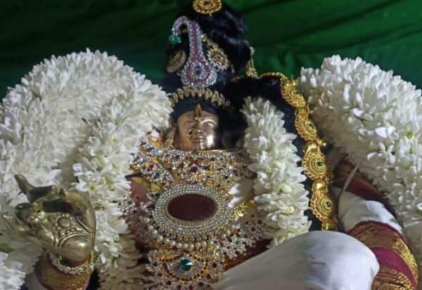 பெருமாள் கோவில்களில் வைகுண்ட ஏகாதசி விழா