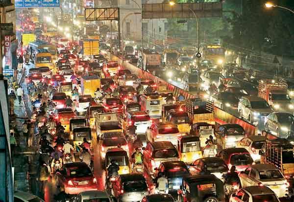 chennai, traffic, eastern coast road, traffic jam, சென்னை, கிழக்கு கடற்கரை சாலை, போக்குவரத்து நெரிசல்