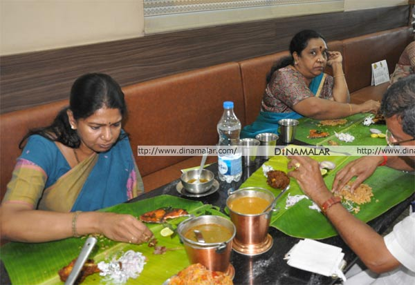 DMK, Kanimozhi, திமுக, கனிமொழி, அசைவம், விருந்து