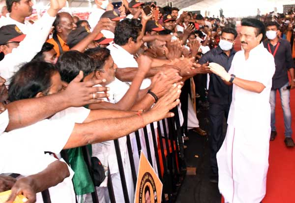 BJP, DMK, MK Stalin, Stalin, பாஜ, ரவுடிகள், ஸ்டாலின், பதிலடி