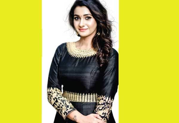 நான் 'கிளாமர்' பொண்ணு இல்லை: நடிகை பிரியா பவானி சங்கர்
