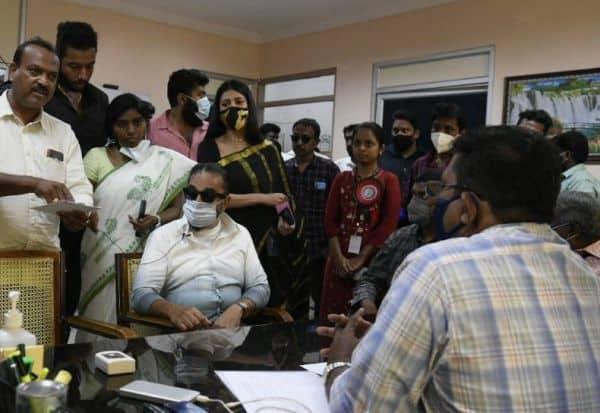 பணம், 'டோக்கன்' வினியோகம்: கோவையில் கமல் புகார்