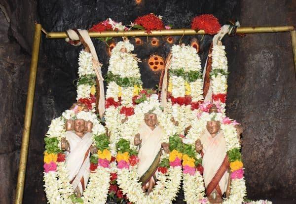 கோவில்களில் அமாவாசை சிறப்பு பூஜை