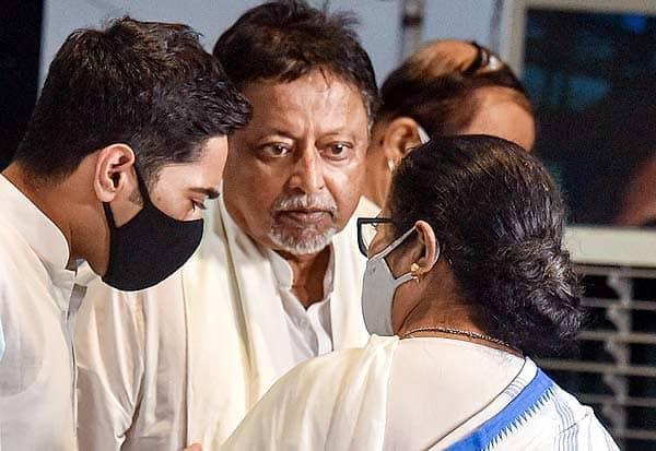 மீண்டும் திரிணமுல் , முகுல் ராய் ,மம்தா , 'ஐஸ்'
