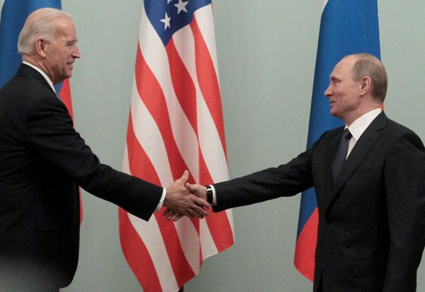 Biden, Putin kick-off Geneva summit; விளாடிமிர் புடின்,  அமெரிக்க அதிபர் ஜோ பைடன்cyberattacks, election meddling and rights abuses on agenda