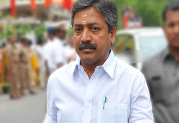 ADMK, ExMinister, CVShanmugam, DMK, Media, அதிமுக, முன்னாள் அமைச்சர், சிவி சண்முகம், திமுக, தவறுகள், ஊடகங்கள்