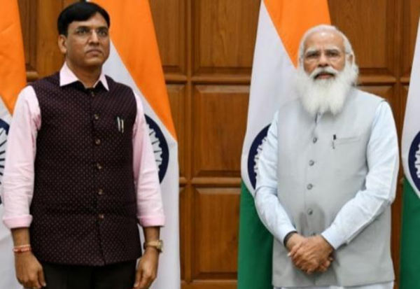 modi, new ministers, close, மோடி, நெருக்கம், புதிய அமைச்சர்கள்