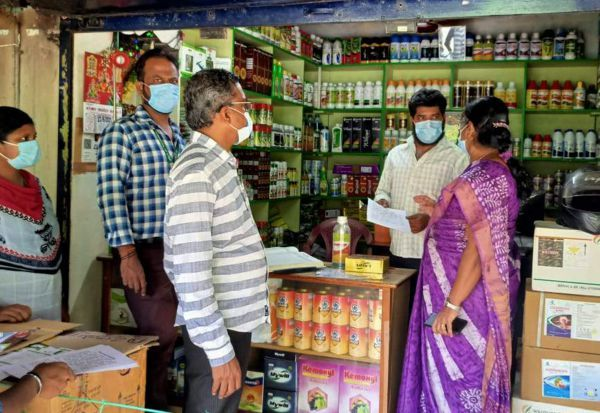 'தினமலர்' செய்தி எதிரொலி :உரக்கடைகளில் அதிகாரிகள் ஆய்வு