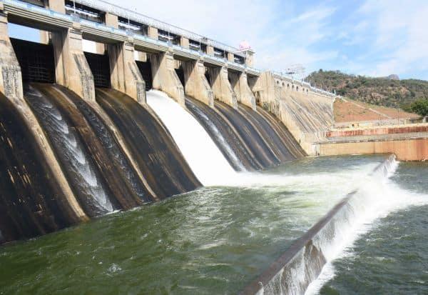 அமராவதி  உபரி நீர்  வெளியேற்றம் அதிகரிப்பு