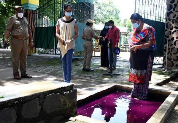4 மாதத்திற்குப் பின்னர்   சேலம் குரும்பப்பட்டி வன உயிரியல் பூங்கா திறப்பு