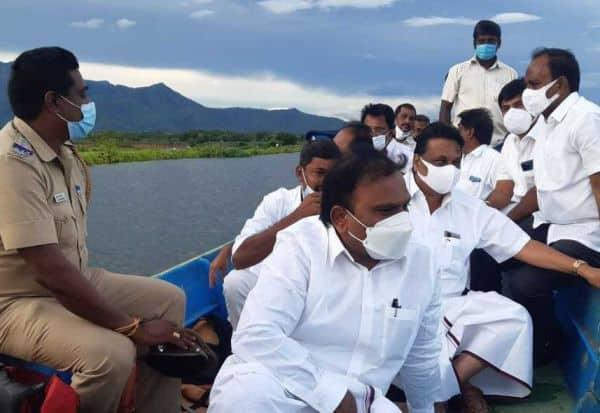 ஆற்றின் குறுக்கே 'மூழ்காத' பாலம்: எம்.பி., உறுதி