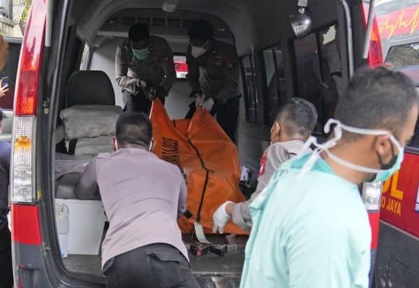 இந்தோனேஷிய சிறையில் தீ விபத்து 41 கைதிகள் பலி; 80 பேர் காயம்