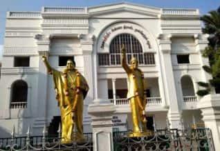 2 கட்டங்களாக உள்ளாட்சி தேர்தல்: எதிராக அதிமுக வழக்கு