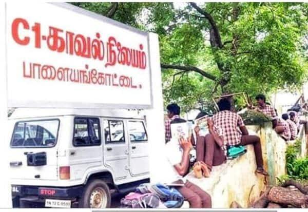நெல்லையில் ஜாதி மோதலில் ஈடுபட்ட மாணவர்கள் 'டிஸ்மிஸ்'