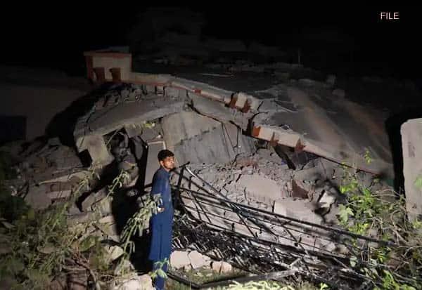 Pakistan,earthquake,20 dead, பாகிஸ்தான், நிலநடுக்கம்