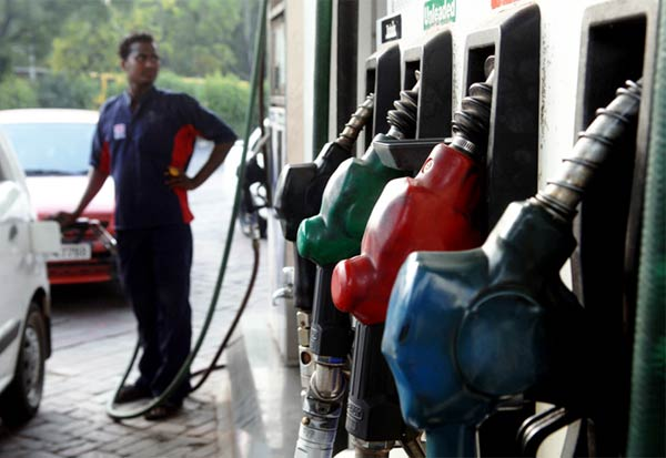 petrol, Tamil Nadu, Kerala, கேரளா,தமிழகம்,தமிழ்நாடு,பெட்ரோல்
