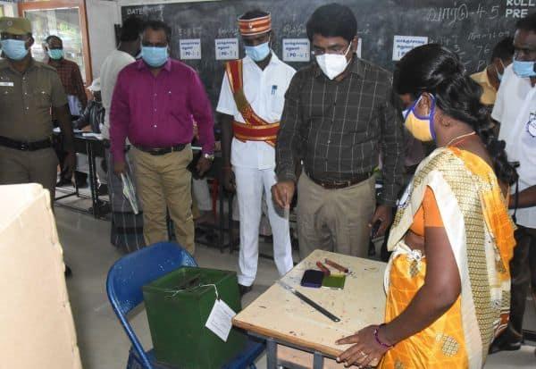 2ம் கட்ட உள்ளாட்சித் தேர்தல்: விறுவிறுப்பான ஓட்டுப்பதிவு