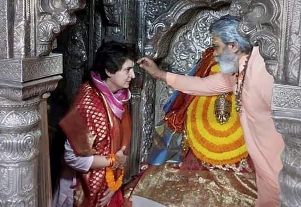 பிரதமர் மோடி மீது பிரியங்கா கடும் தாக்கு