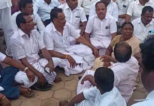 தேர்தல் தகராறு: முன்னாள் அமைச்சர் விஜயபாஸ்கர் கைது