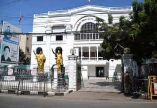 சென்னை உஷ்ஷ்ஷ்: இலை கட்சியில் போர்க்குரல்