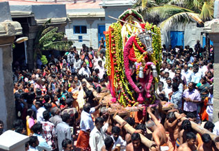 குமரி பகவதியம்மன் கோயிலில் நவராத்திரி விழா பரிவேட்டை