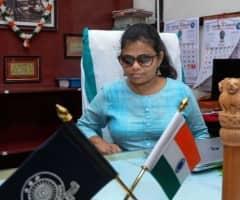 ஐ.ஏ.எஸ்., அதிகாரியாகி சாதித்த பார்வையற்ற பெண்