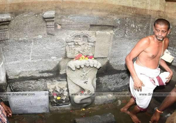 அத்திவரதருடன் அடுத்த நாற்பது ஆண்டுகளுக்கு ஸ்தாபிக்கப் போகும் நிலவறை