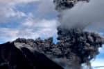பாலித்தீவில் எரிமலை வெடிப்பு