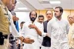 காஷ்மீரில் எதிர்க்கட்சி தலைவர்களுக்கு  'நோ என்ட்ரி!'