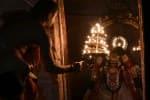 காசி விஸ்வநாதர் கோவிலில் சூரிய வழிபாடு