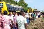 கடலூர் அருகே கல்லூரி பஸ் கவிழ்ந்து 24 மாணவர்கள் காயம்
