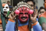 வங்கத்தை பதம் பார்த்த 'பிங்க்' பந்து: 106 ரன்னில் சுருண்டது