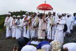 'அரவட்டை' நிகழ்ச்சியில் ஹெத்தையம்மன் பக்தர்கள்