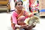 செல்லாத நோட்டுகளுடன் பரிதாப மூதாட்டி