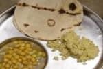 ஜார்கண்டில் உணவில் விஷம் : ஜவான்கள்  40 பேர் பாதிப்பு