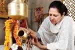 வாரணாசியில் சிவ வழிபாடு நடத்தும் முஸ்லிம் பெண் வக்கீல்
