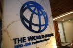 வறுமையில் சிக்கும் 1. 1 கோடி பேர்:  உலக வங்கி அதிர்ச்சி