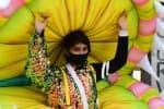 கலெக்டரை காண வந்த 'கொரோனா பெண்!'