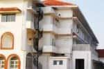 கவர்னர் மாளிகை ஊழியர்கள் 18 பேருக்கு கொரோனா: தனிமைபடுத்தி கொண்ட கவர்னர்