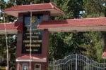 தமிழில் பேச தடை: குன்னூரில் தொழிலாளர்கள் போராட்டம்