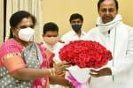ராஜ்பவனில் கவர்னர் தமிழிசையுடன் தெலுங்கானா முதல்வர் சந்திப்பு