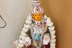 வீடுகளில் களைகட்டிய வரலட்சுமி நோன்பு: கொரோனா முடக்கத்திலும் கமழ்ந்த பக்தி மணம்