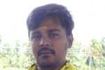 பீஸ் வாங்காமலே பாம்புகளை காப்பாற்றுகிறார்
