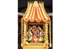 பிரம்மோற்சவ நான்காம் நாளில் சர்வபூபாள வாகனத்தில் மலையப்பசுவாமி