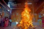 தீபாவளி அமாவாசையை முன்னிட்டு கோவிலில் மிளகாய் சண்டி யாகம்
