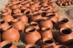 கொரோனாவில் முடங்கிய குயவர்கள்; பொங்கல் பண்டிகையால் மீண்டனர்