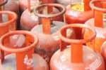 அதிகரிக்கும் சமையல் காஸ் விலை : இது மோடி வரி என டுவிட்டரில் கிண்டல்