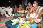 நோய் தாக்கம் ஜூனில் குறையும்: 'பிலவ' பஞ்சாங்கத்தில் கணிப்பு