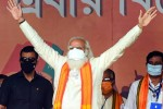 பிணத்தை வைத்து அரசியல் செய்கிறார்: மம்தா மீது மோடி பாய்ச்சல்